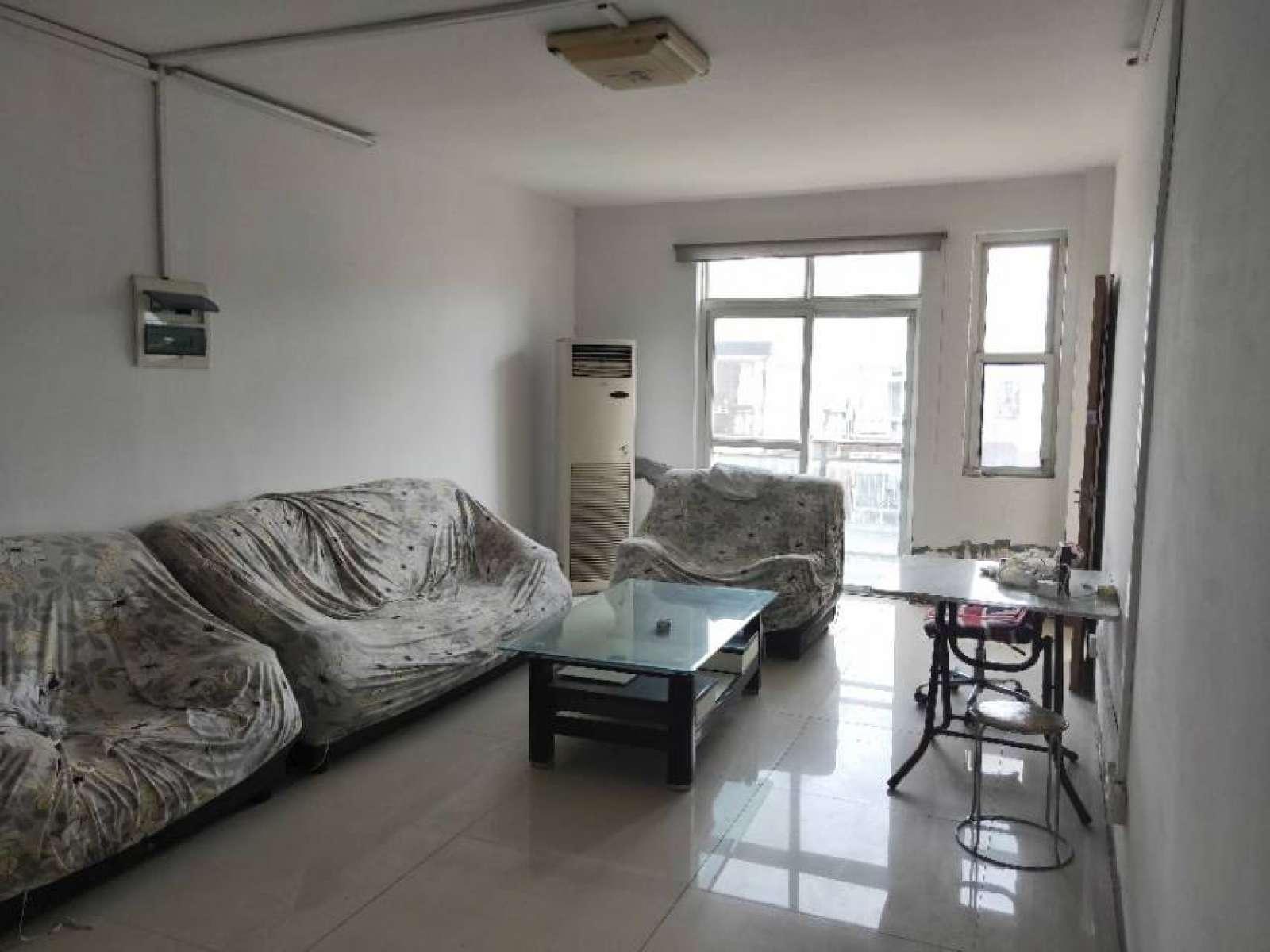 荣昌桂花园 4室2厅127.8㎡