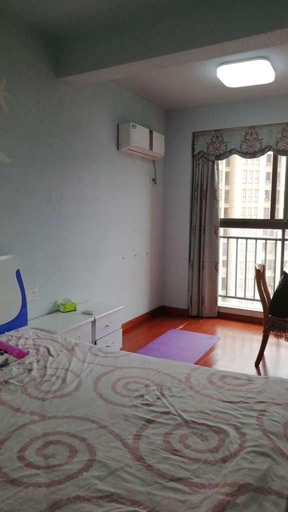 庐山苑 3室2厅117㎡