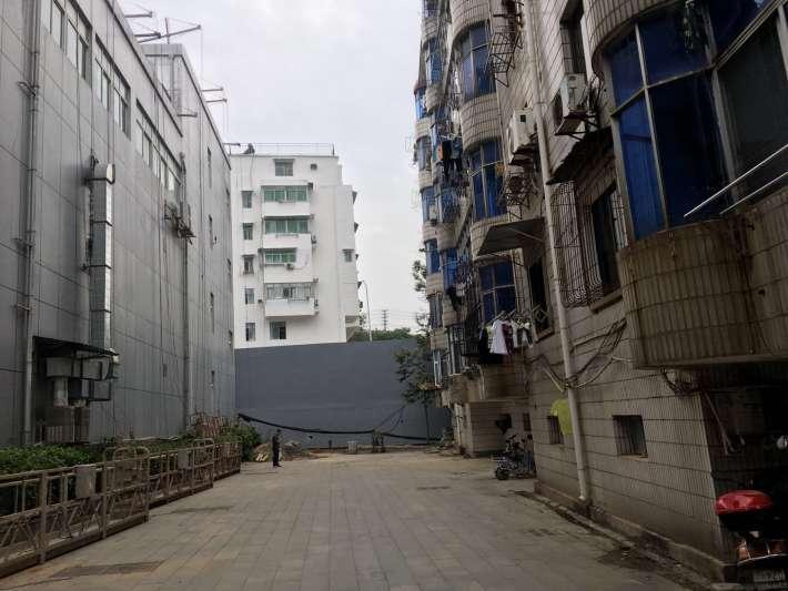 中国人民银行宿舍 3室2厅105㎡