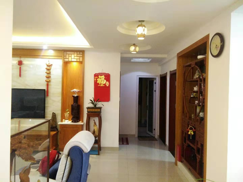 浔阳江畔 3室2厅139㎡