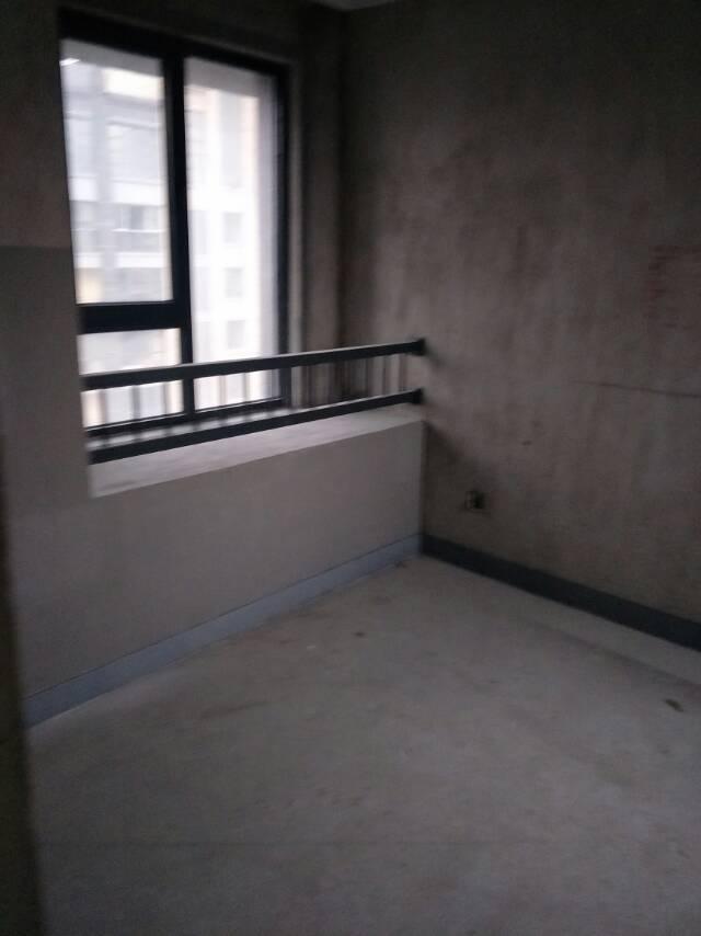 万达华府 4室2厅141.42㎡