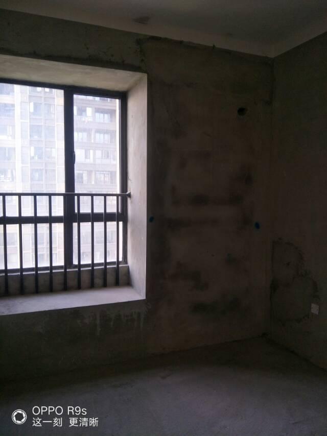 瀚林国际花园 3室2厅123.95㎡