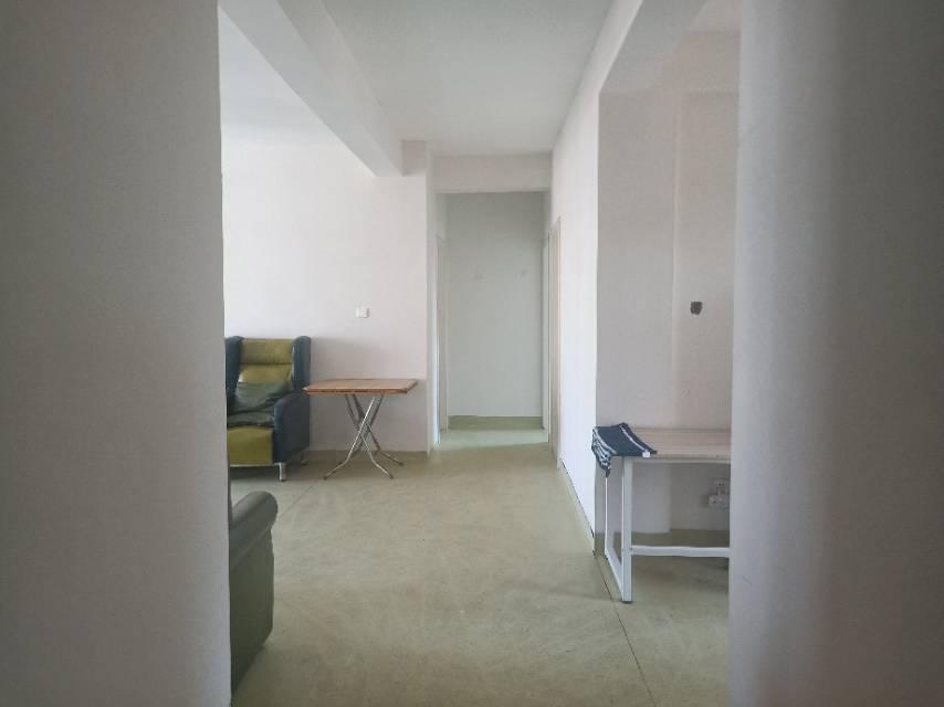 浔安小区 3室2厅110㎡