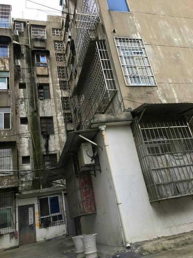 江南花园 3室2厅83.43㎡