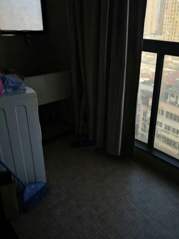德晟豪庭 1室1厅50㎡