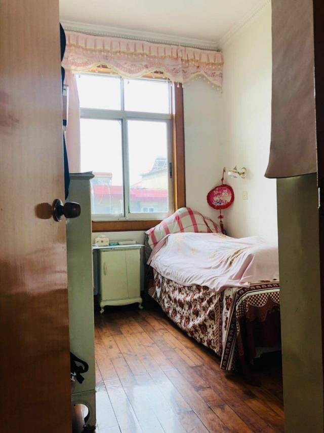 甘棠南路港务局宿舍 2室1厅60㎡