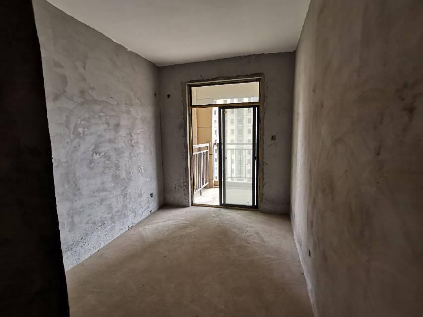 水岸莲华 3室2厅103㎡