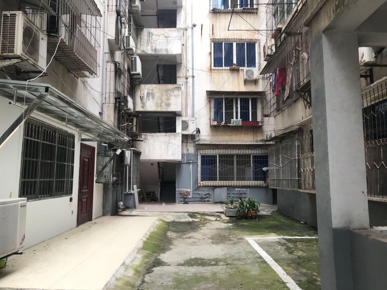 甘棠南路港务局宿舍 3室2厅91.17㎡
