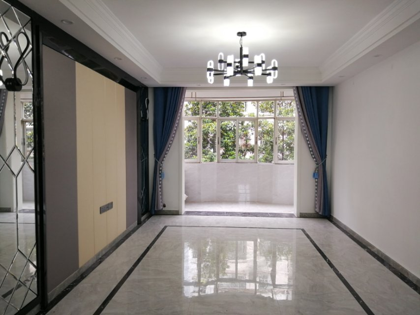 浔海花园 3室2厅88㎡