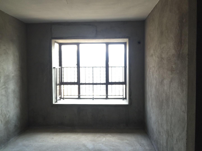 联泰万泰城 3室2厅128㎡