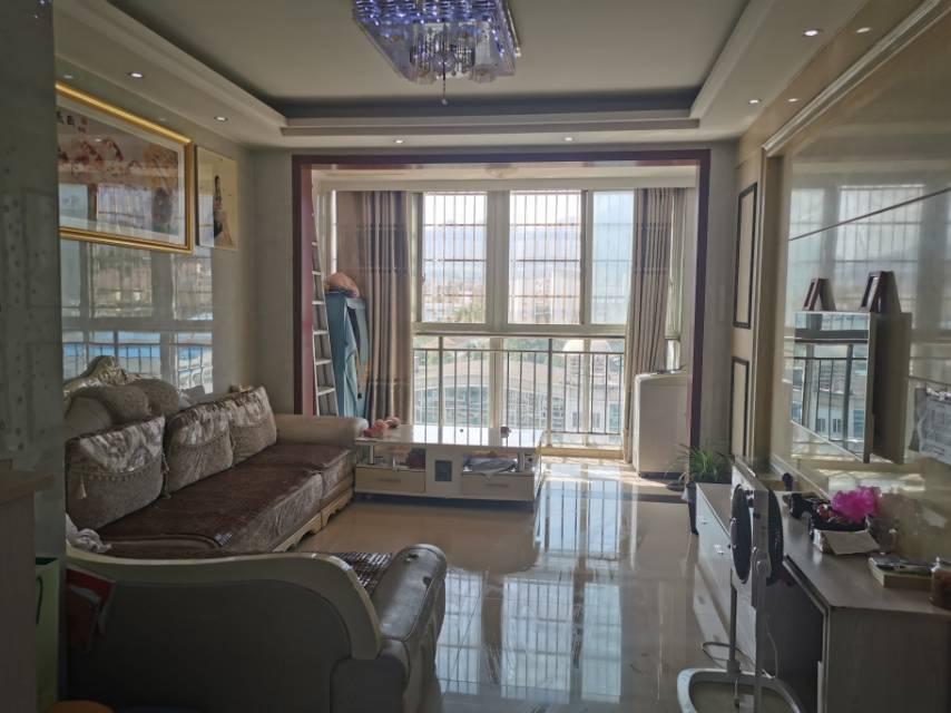 华欣家园 3室2厅107㎡