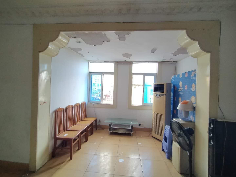 赵家花园 3室2厅85㎡