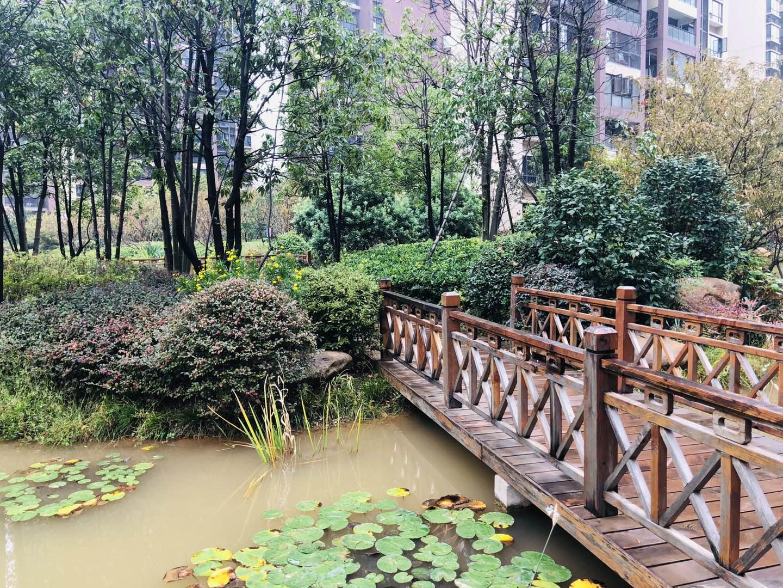 联泰万泰城的实景图