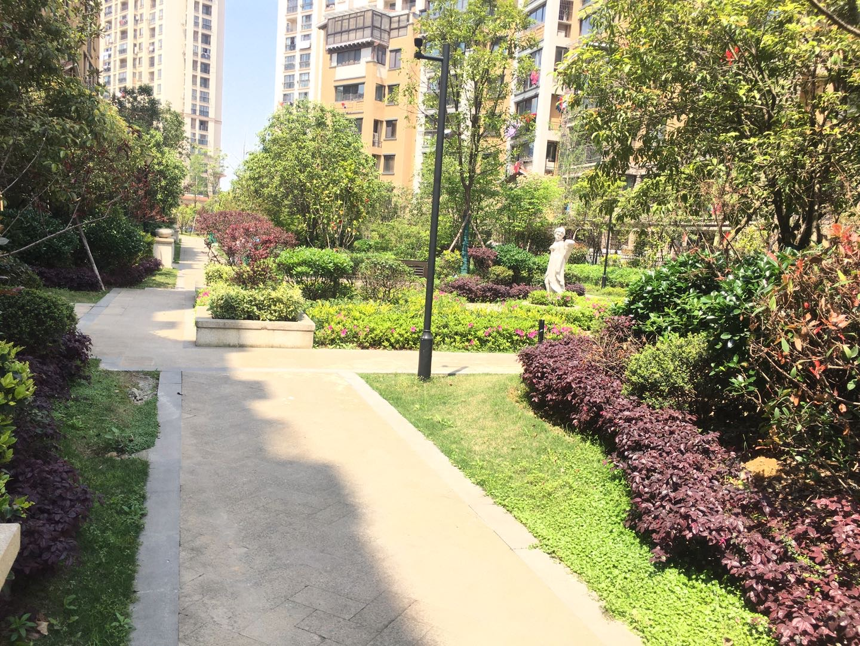 极地盛世名都顶楼复式专属私家花园