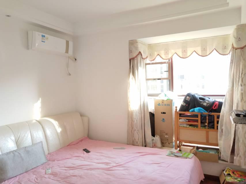 匡庐苑 4室2厅101㎡