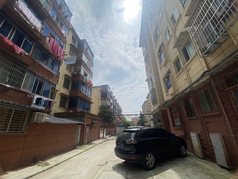 化工厂宿舍2房2厅1卫价格便宜