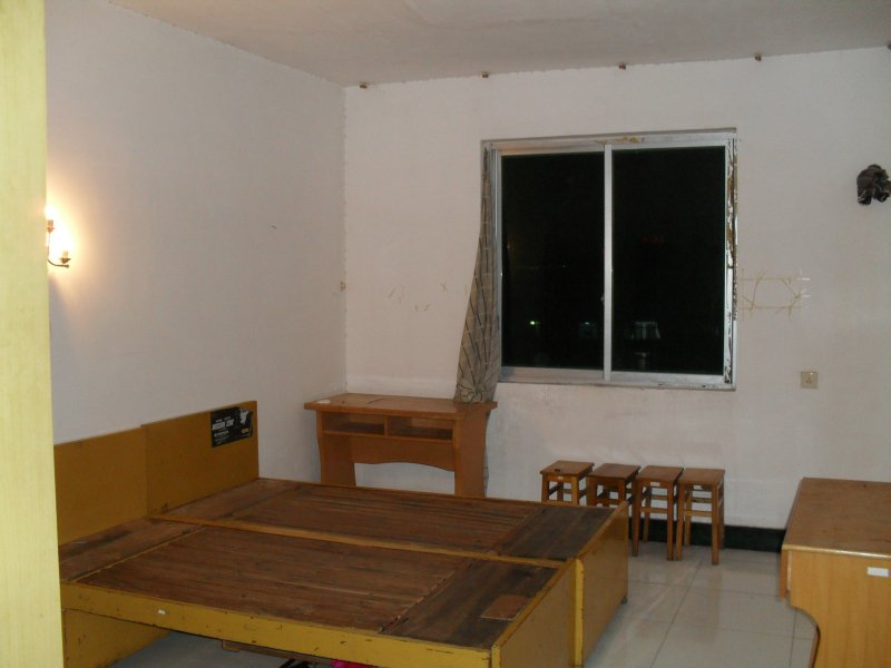 福华花园 5室3厅183㎡
