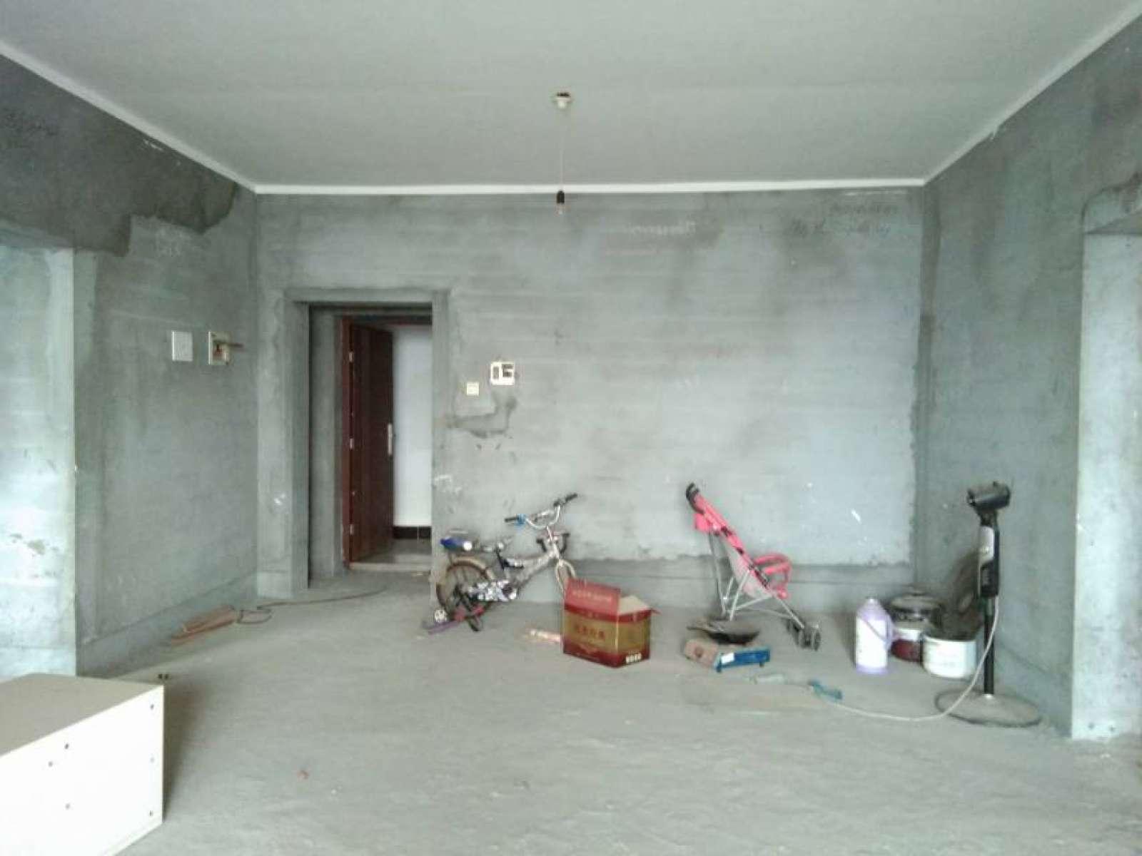 东方俊园 3室2厅148㎡