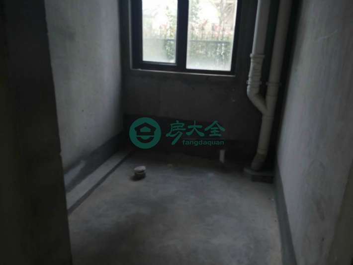 http://img.fangdaquan.com/4667201711141004220_thumb.jpg-fangdaquan