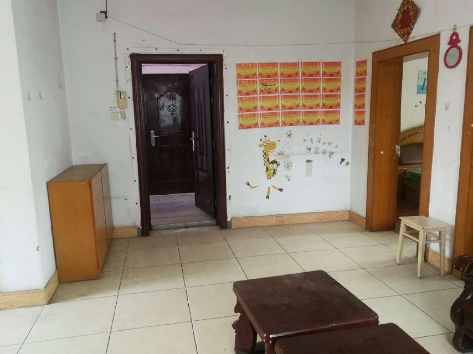 龙惠花园 2室2厅82㎡