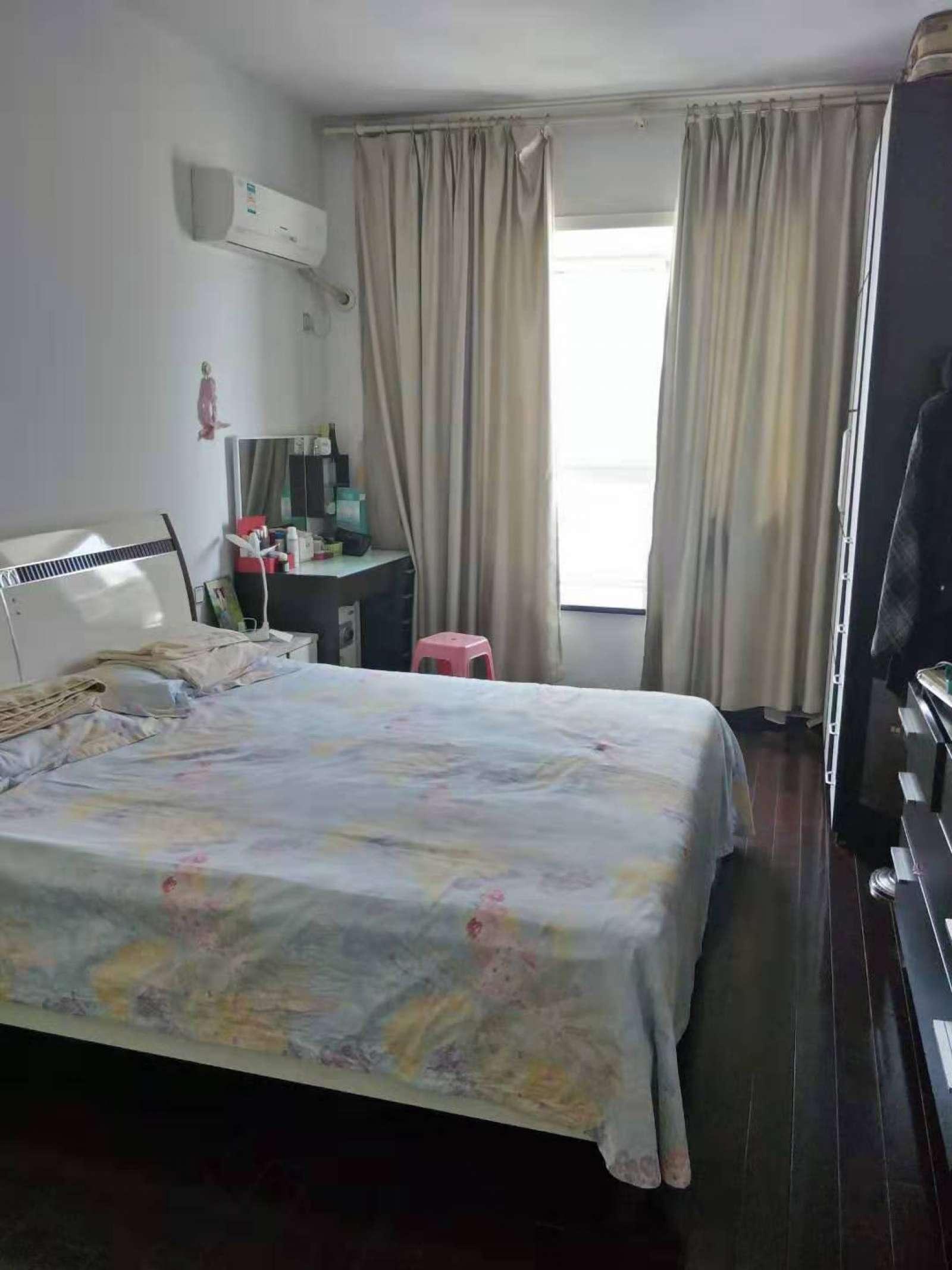 荷花苑 3室2厅153㎡
