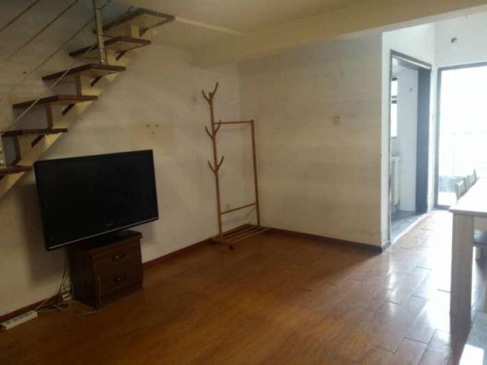九江学院 对面 莱茵美郡 电梯精装公寓 带家具家电