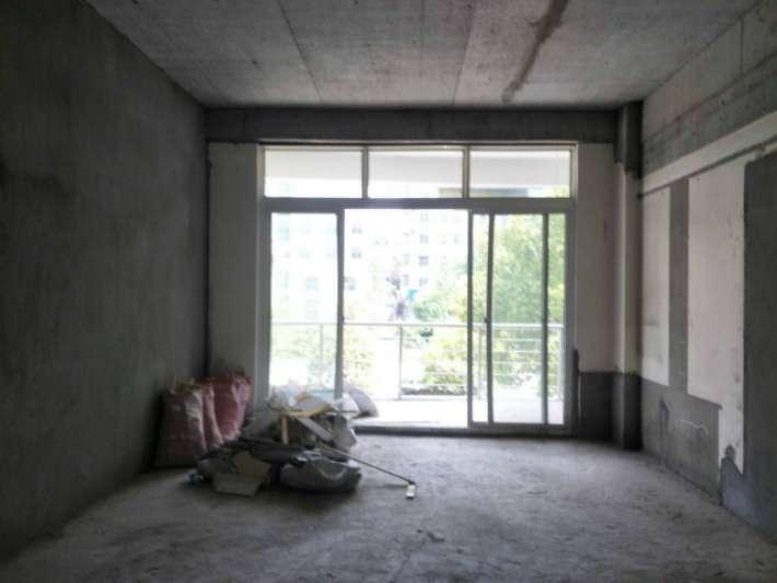 华宝花园 3室2厅118㎡