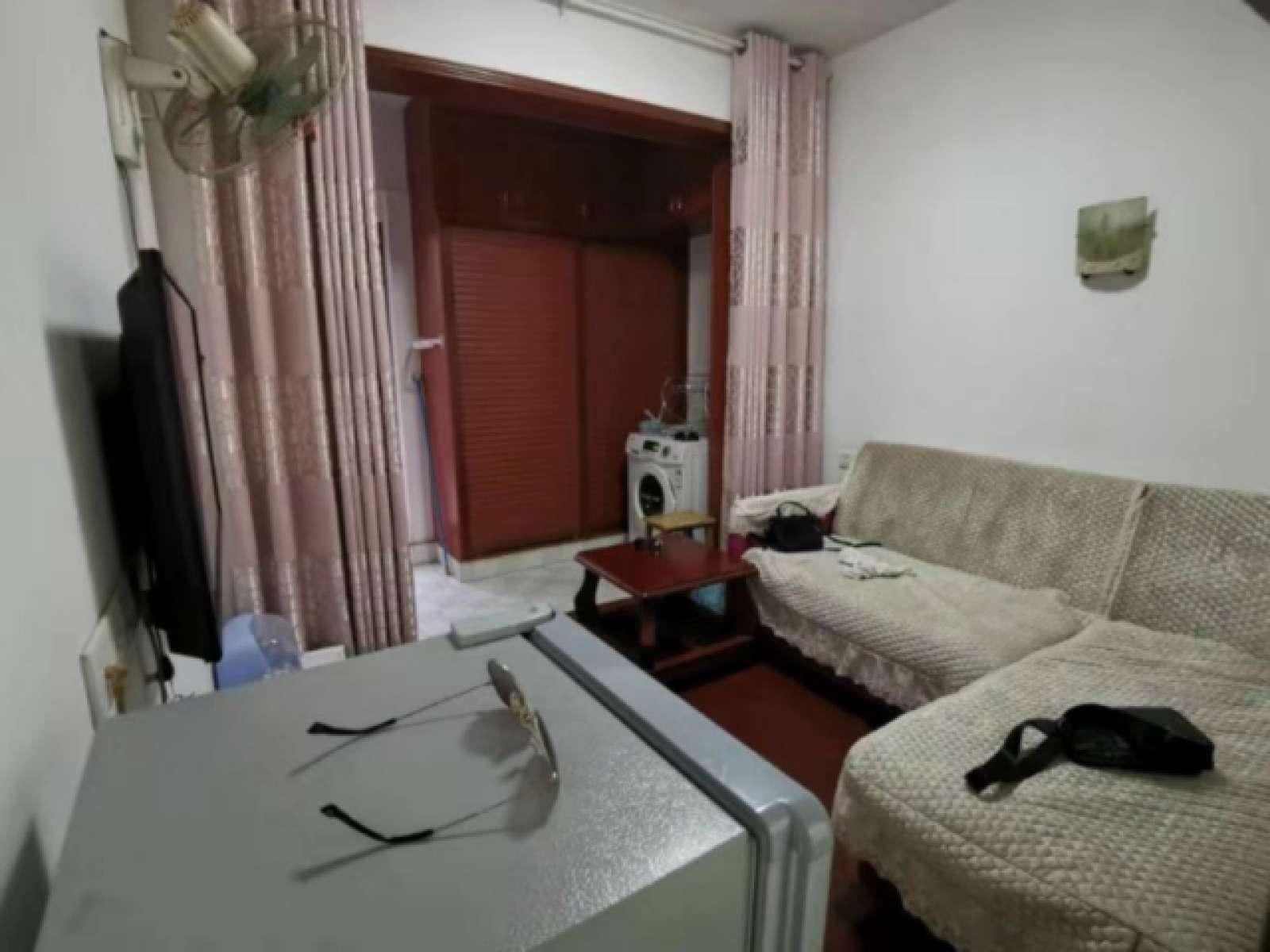 花果园安置小区 1室1厅37.16㎡