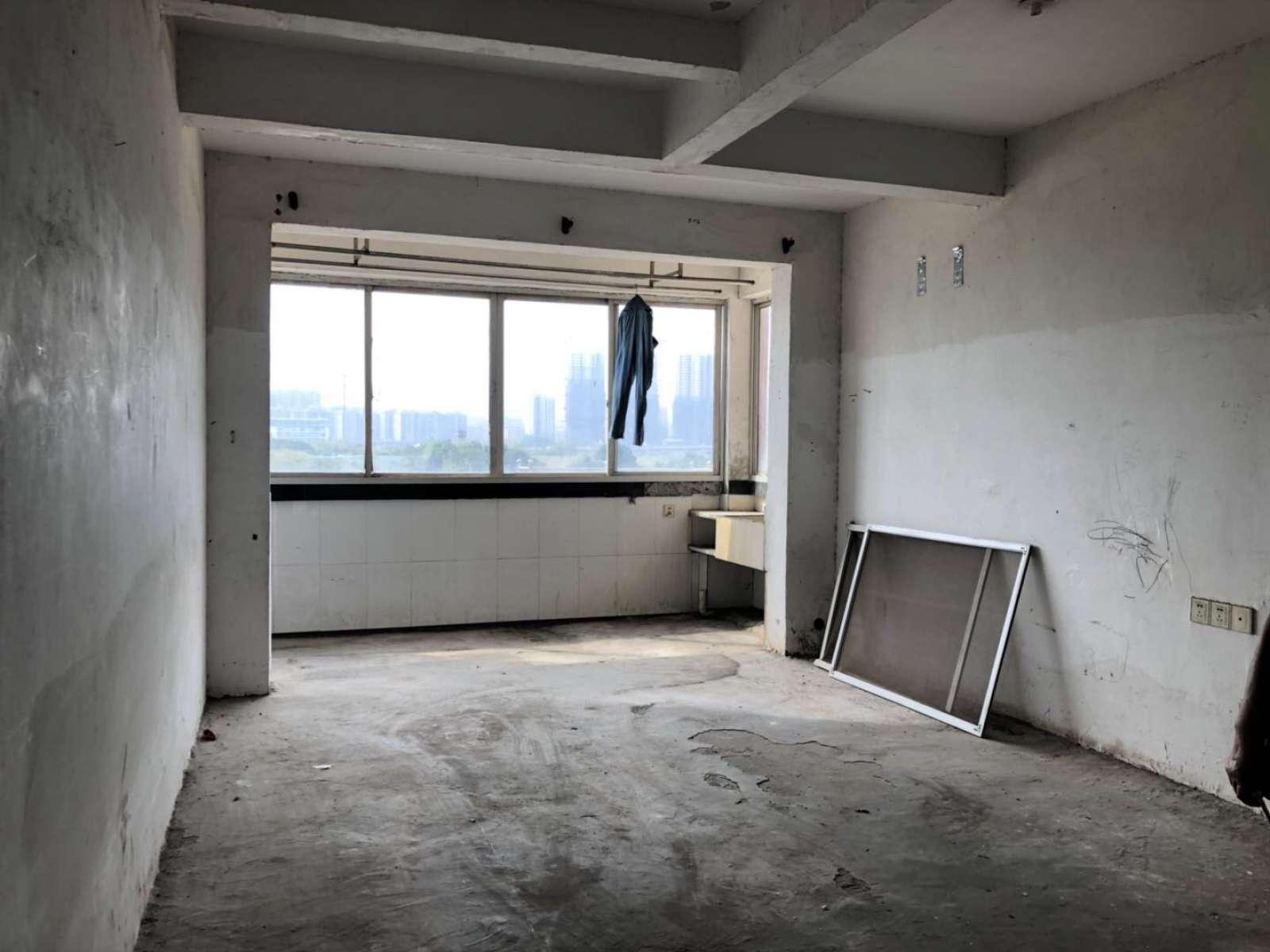 园艺小区 2室2厅83㎡