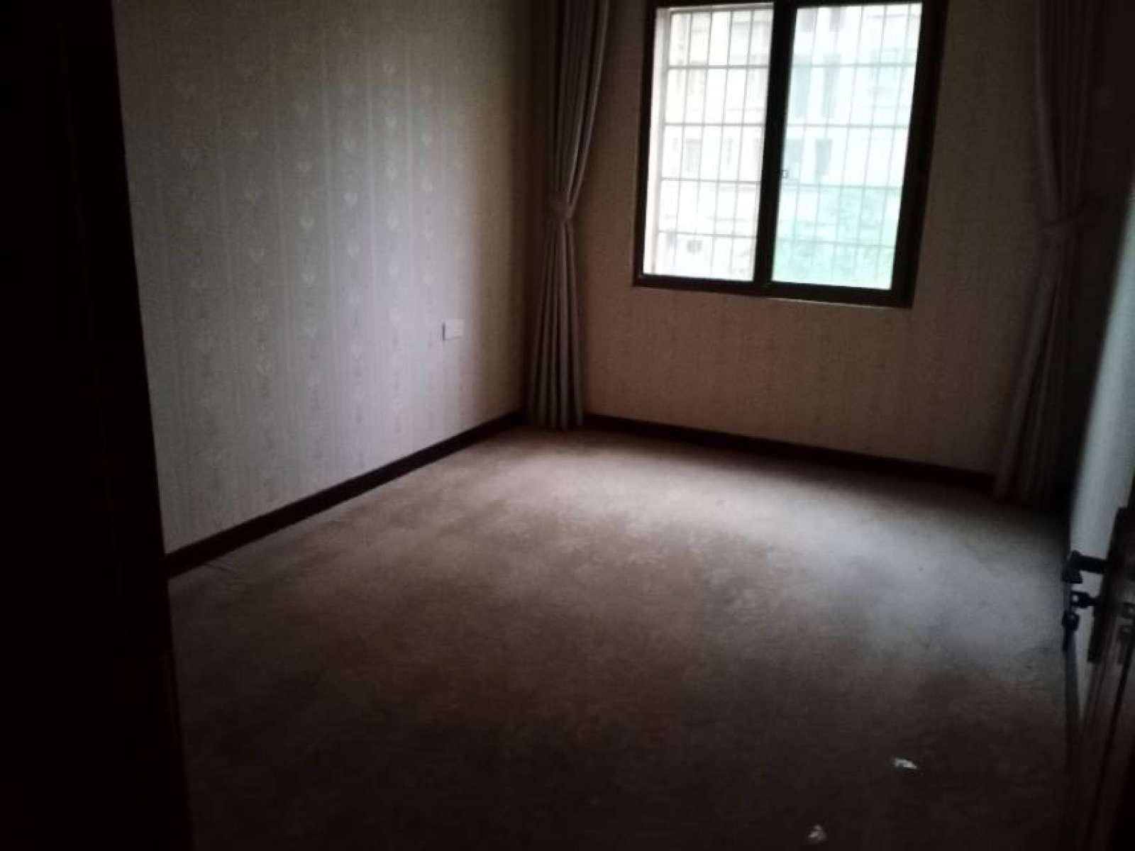 中辉凯旋城 3室2厅114㎡
