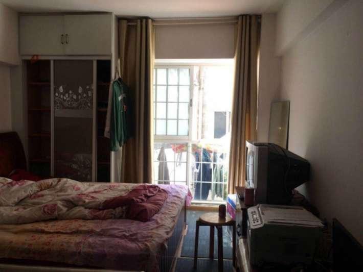 东方花园 1室1厅19.3㎡