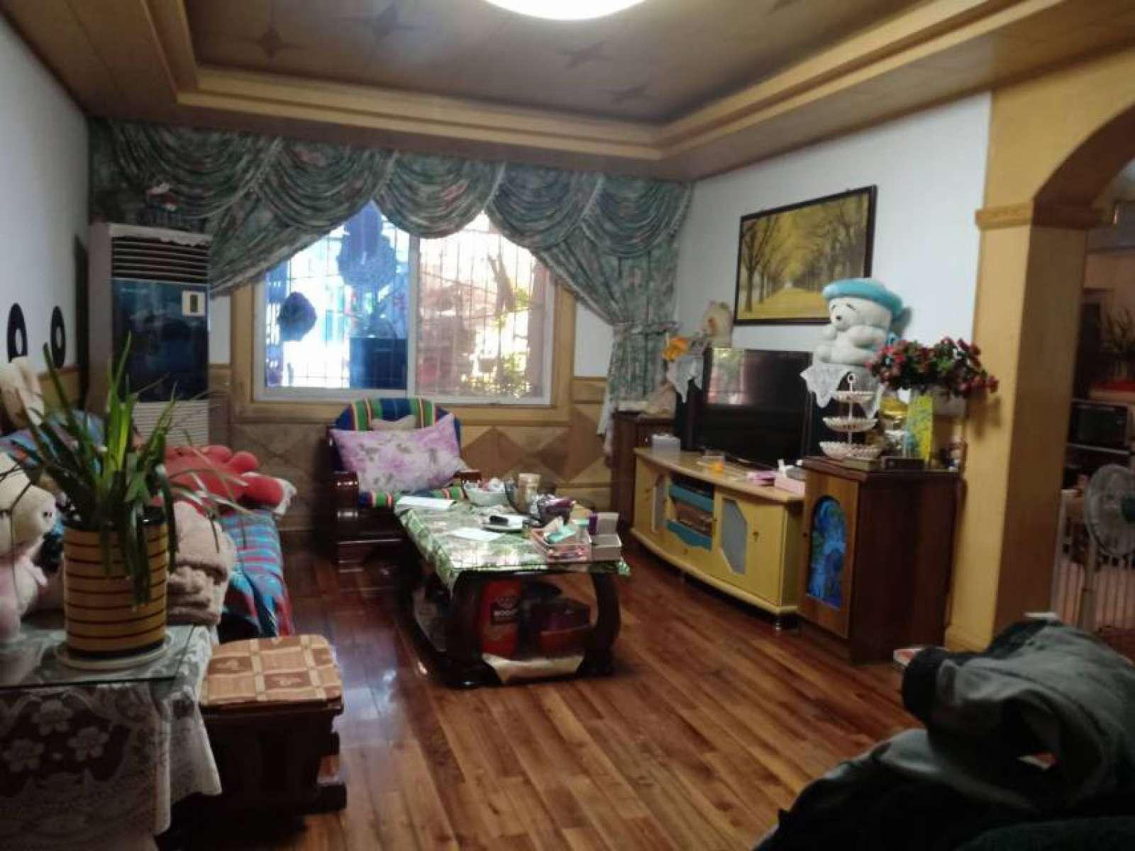 柴桑小学附近 3室3厅120㎡